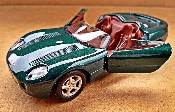 Jaguar XK180 - ESCALA 1/37 - 11 CM
