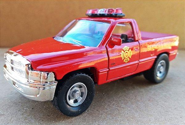Dodge RAM Rescue - ESCALA 1/46 - 11 CM