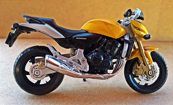 Honda CBR 600 Hornet - ESCALA 1/18 - 12 CM