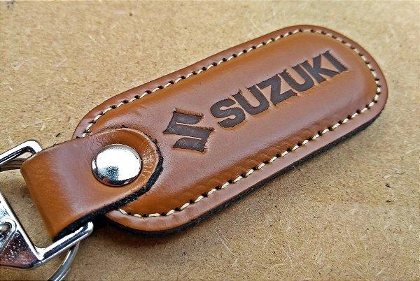 Chaveiro em Couro Marrom Suzuki