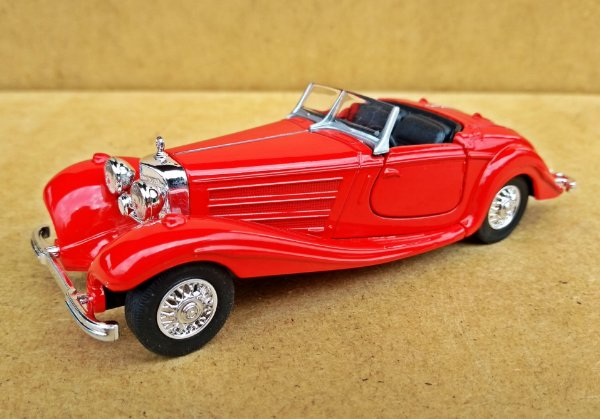 Mercedes Benz 500k 1936 - Escala 1/32 - 12 CM