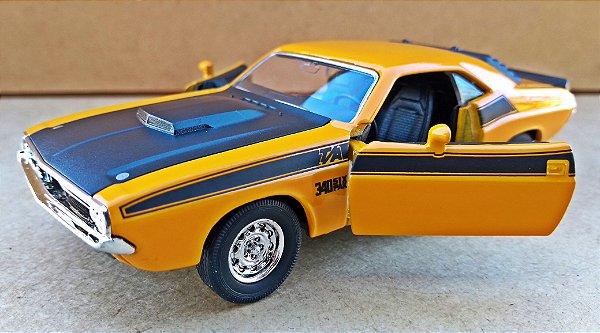 Dodge Challenger T/A 1970 - ESCALA 1/32 - 13 CM