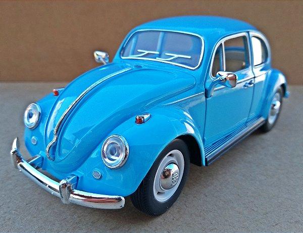 Volkswagen Fusca Azul Claro 1967 - Escala 1/24 - 17 CM