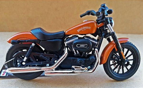 Harley Davidson Sportster Iron 883 2014 Laranja - ESCALA 1/18 - 12 CM