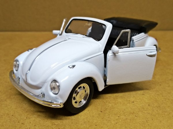Volkswagen Fusca Conversivel Branco - Escala 1/32 - 13 CM