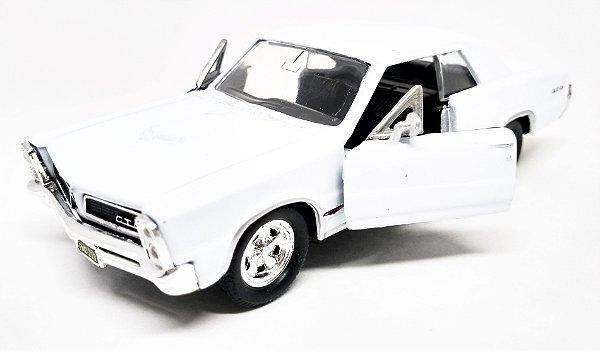 Pontiac GTO 1965 Branco - Escala 1/38 12 CM