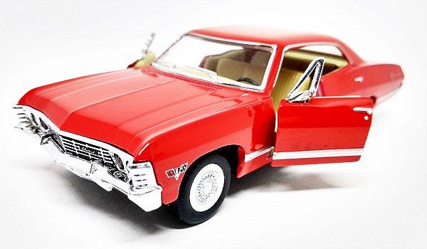 Chevrolet Impala 1967 Vermelho - Escala 1/43 -13 CM