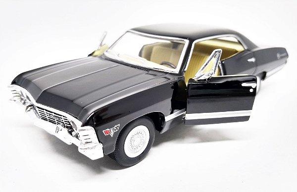 Chevrolet Impala 1967 Preto - Escala 1/43 -13 CM