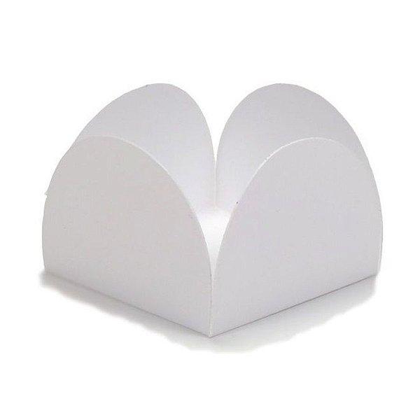 Forminha para Doces 4 Pétalas (3,5cm x 3,5cm x 2,5cm) Branca 50 unidades Assk Rizzo Embalagens