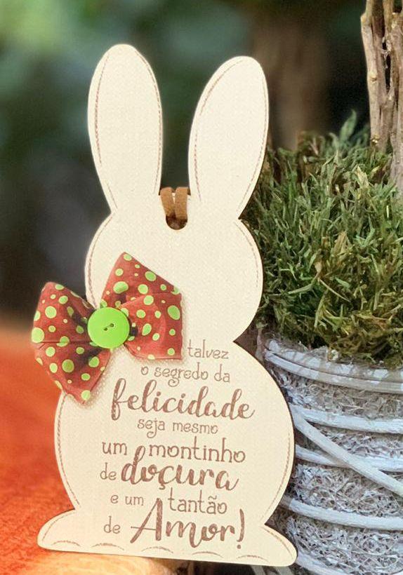 Tag de Páscoa Madeira Coelho com Gravata - LitoArte - Rizzo Embalagens