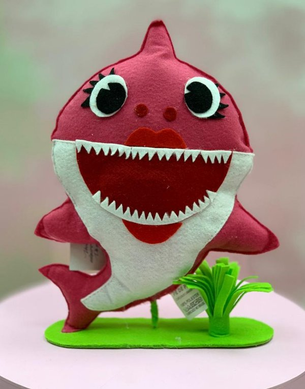 Enfeite de Mesa em Feltro Festa Baby Shark Rosa - 1 Unidade - Rizzo Festas