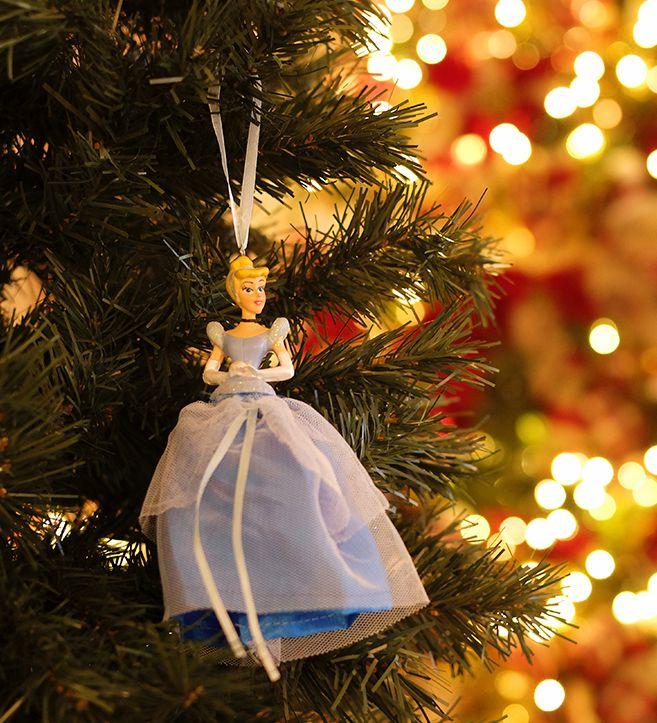 Enfeite para Pendurar Cinderela 15cm - 01 unidade Natal Disney - Cromus - Rizzo Embalagens