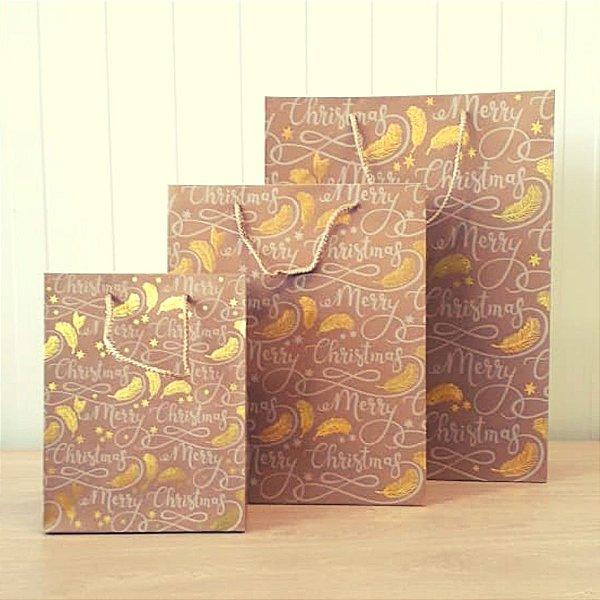 Sacola de Papel Kraft - Merry Christmas - Frases e Ramos com Detalhes em Dourado