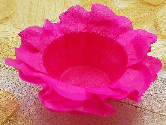 Forminha para Doces Floral em Seda Rosa Choque - 40 unidades - Decorart - Rizzo Embalagens