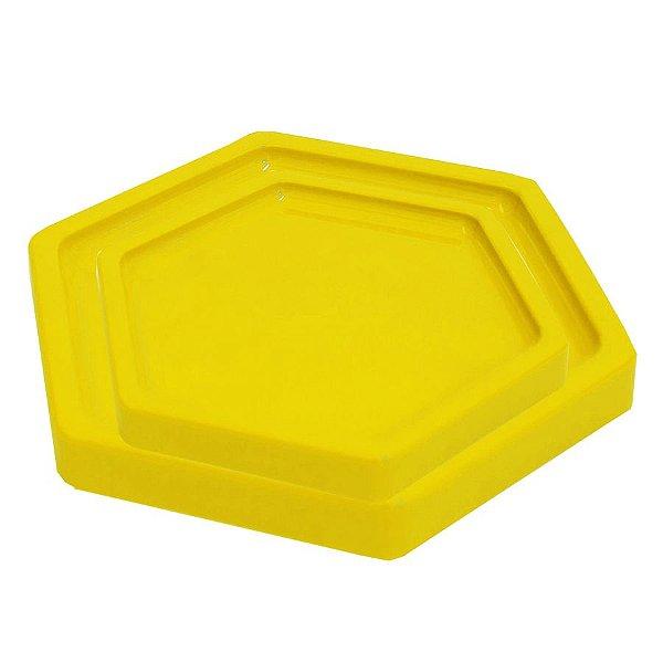 Bandeja Sextavada Amarelo - 01 unidade - Só Boleiras - Rizzo Embalagens
