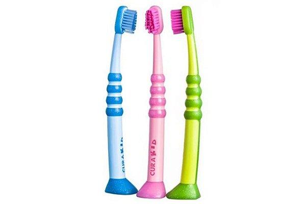 Curaprox Curakid Escova Dental Infaltil Ultra Macia CK4260 - 1 unid