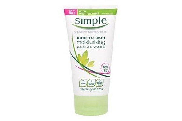 Simple Sabonete Liquido Facial Moist 150ml