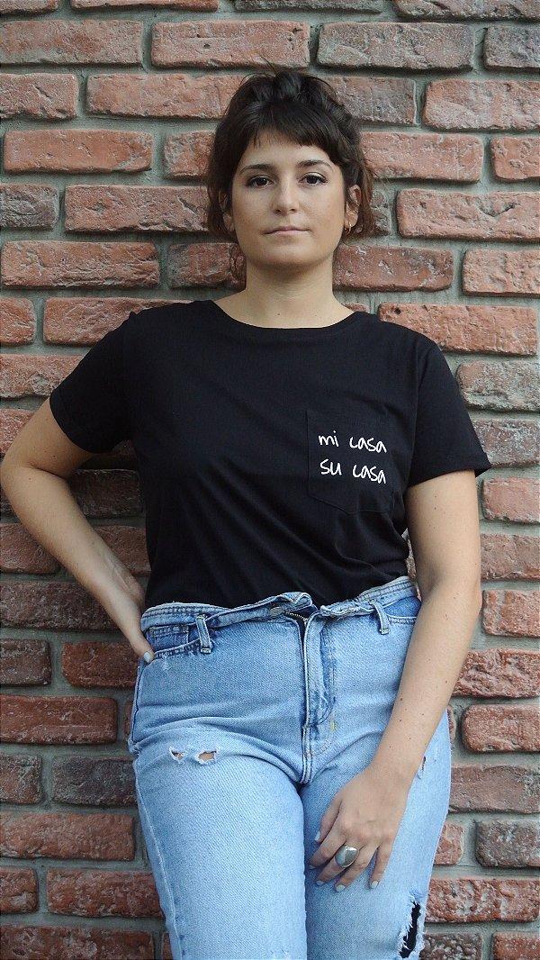 CAMISETA MI CASA SU CASA FEMININA