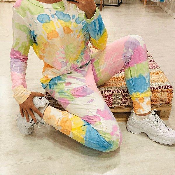 Conjunto Comfy de Moletinho em Tie Dye Rainbow