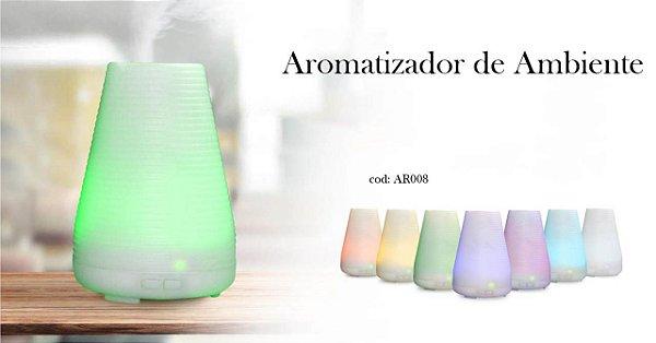 Abaju e Humidificador e aromatizador de ambientes,