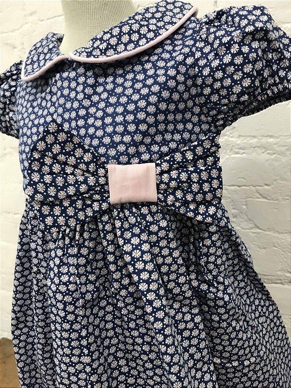 Vestido Azul Marinho Floral com Faixa para Cabelo