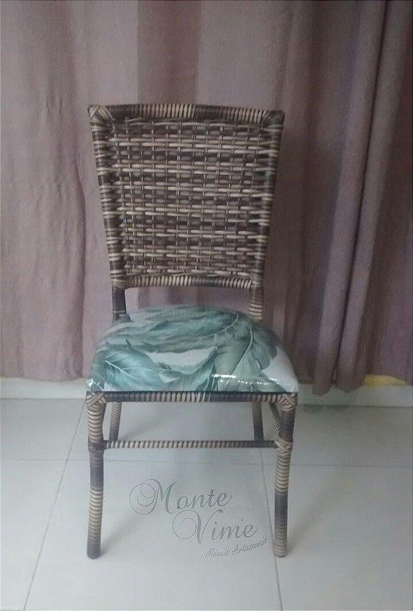 Cadeira Lara com estofado fixo