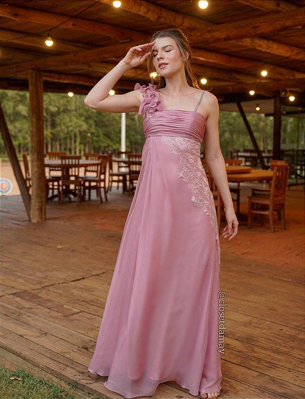 Vestido de festa longo, com renda, alças com brilho e babados