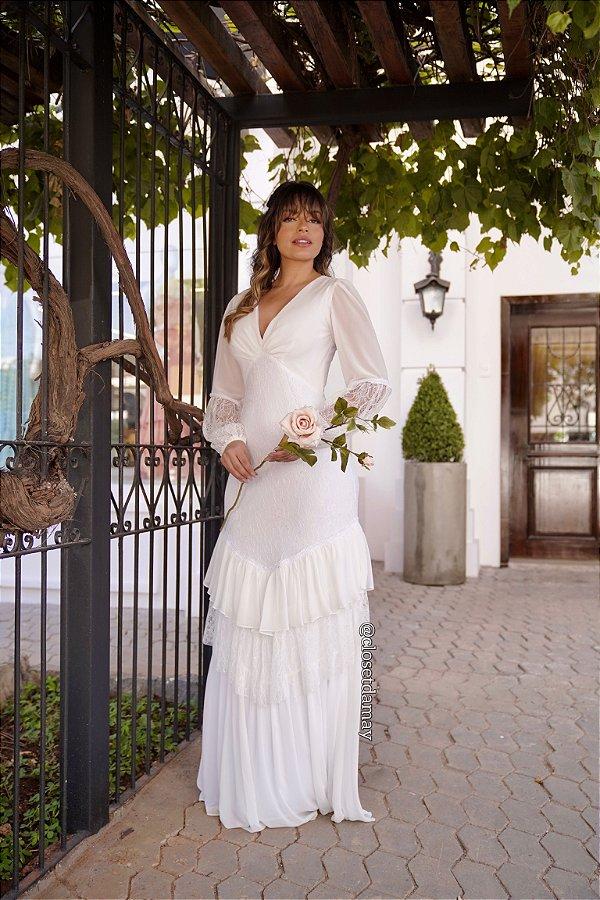 Vestido longo de noiva em renda e chiffon, manga longa e decote, para madrinhas de casamento