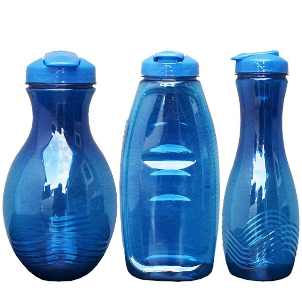 Kit com 3 Garrafas de Plastico PET e Tampa PP para Líquidos em Geral nas Medidas 1000, 1000 e 1500 ml - Cor: Azul