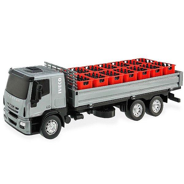 Caminhão com Caixas de Bebidas Iveco Tector Delivery Usual Plastic Brinquedos - Ref. 341