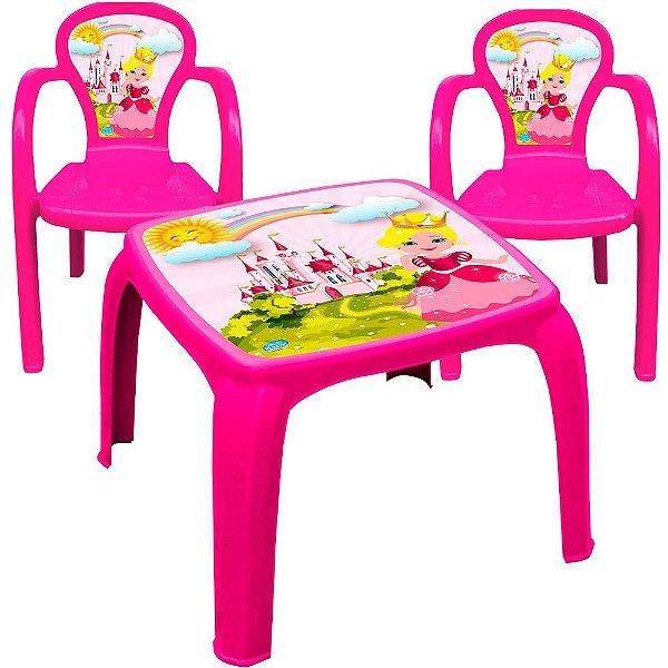 Conjunto Mesa e 2 Cadeiras Infantil Decorada de Usual Plastic 57 x 57 x 45 cm - Modelo: Pink Princesa