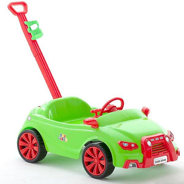 Carro Toy Kids 2 e 1 Color com Puxador e Suporte para Garrafa Paramount Cor Verde - Ref. 909