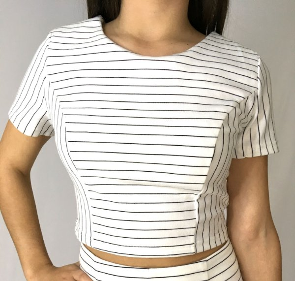 Blusa Top Cropped