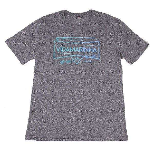 Camiseta Manga Curta Cinza Escuro Com Estampa Na Frente