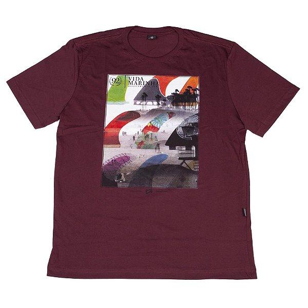 Camiseta Manga Curta Bordô Com Estampa Na Frente