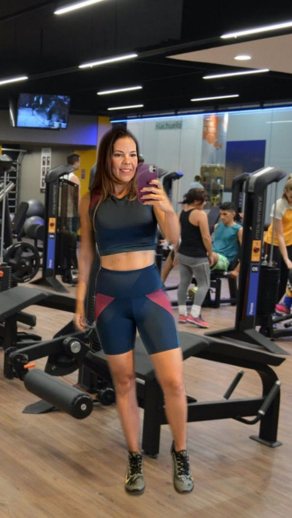 Conjunto Fitness Bermuda + Cropped