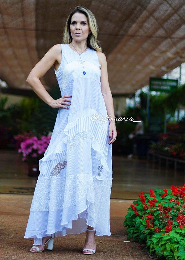 Vestido patchwork solto detalhes