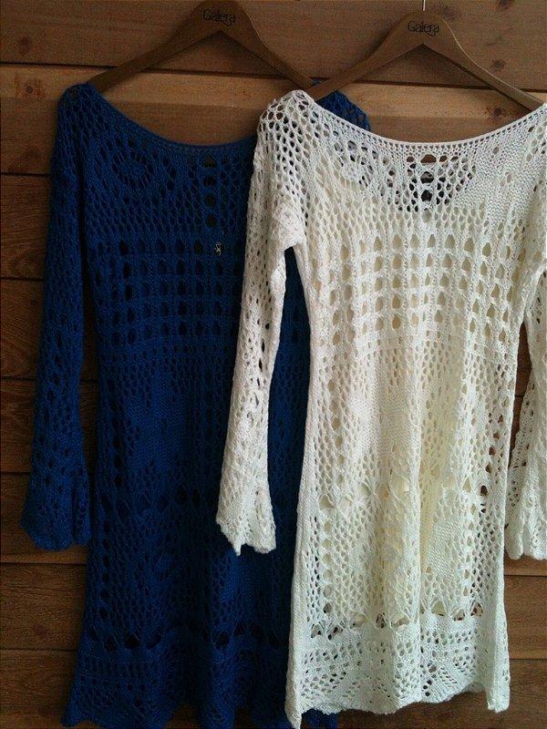 Vestido de tricot rendado