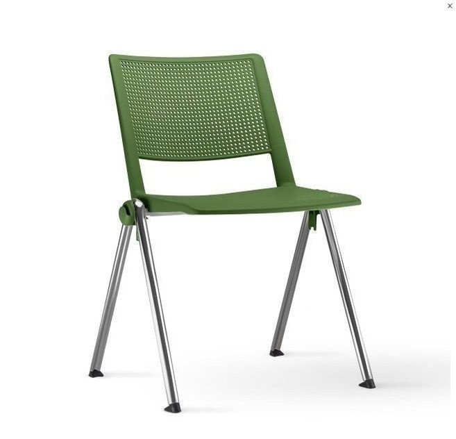 Cadeira de Plástico Empilhável CONECTÁVEL