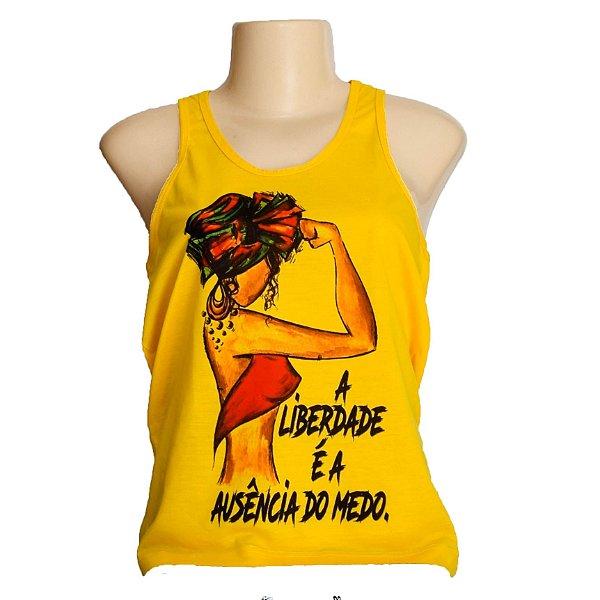 Camiseta feminina regata A menina e a liberdade