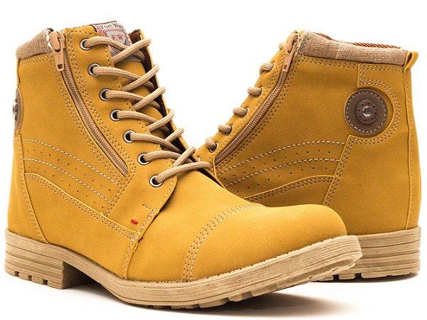 f0302c9607 Bota Casual Masculina Amarela Cano Médio Sf2077