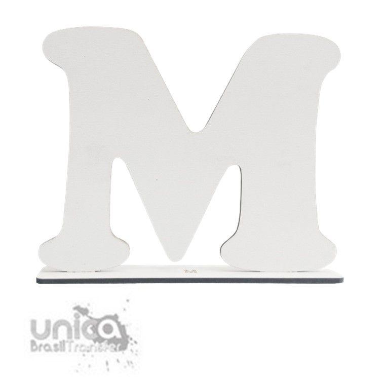 Letra M Resinado de MDF