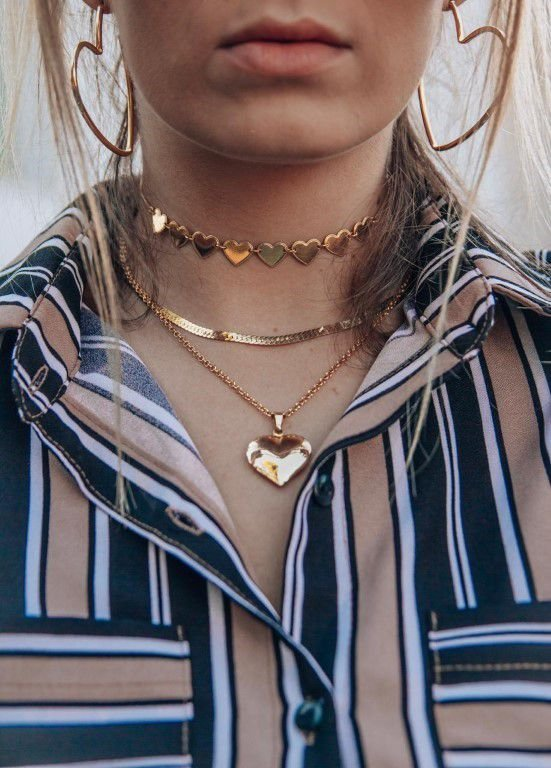 Choker Maleável Dourada com Detalhes