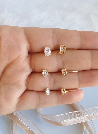 Trio de brincos ovalado cristal folheados em ouro 18k