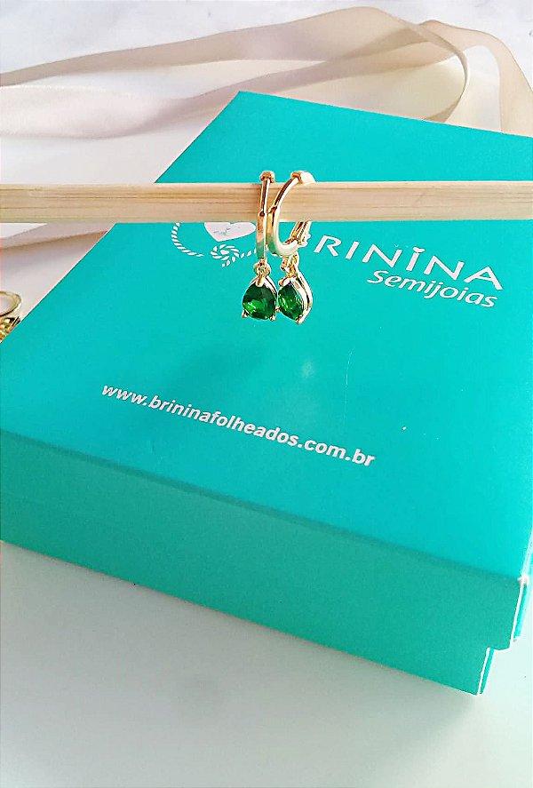 Brinco argola click verde esmeralda folheado em ouro 18k