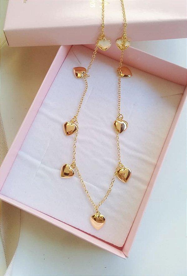 Choker pingentes de coração liso banhado em ouro 18k