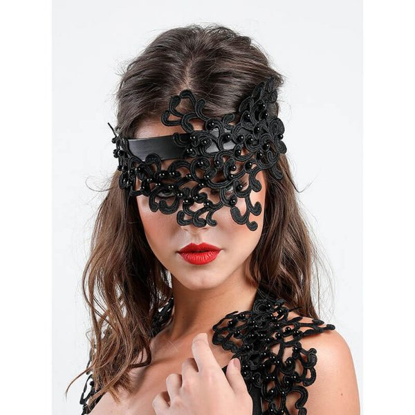 Mask Black Pearls em Couro