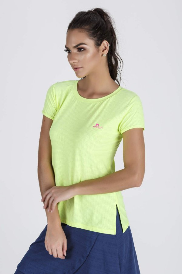 7ccb8c2bd Blusa Fitness Feminina Com Abertura Lateral Amarelo Neon Epulari ...