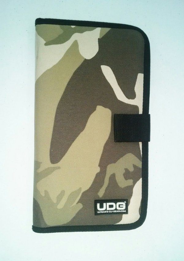 BAG UDG Walletl PARA 24 CDs