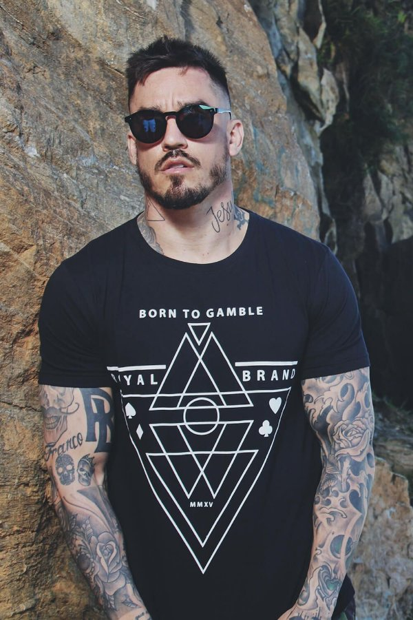 Camiseta Born to Gamble